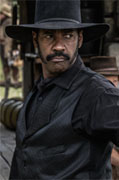 Only Denzel could pull off those sideburns.