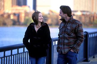 Kate Hudson laughs hysterically at Luke Wilson's ridiculous lumberjack shirt.