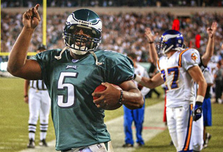 Philly beats New England 32-29