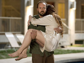 Paul Giamatti tries to shield Bryce-Dallas Howard from the critical onslaught.