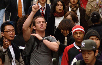 Wait! Don't you know me? I'm Lucas Black! I'm with Bow Wow!