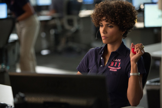 Oscar winner Halle Berry now has to resort to working in a call center.