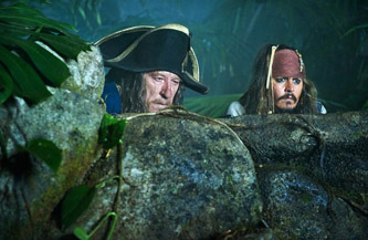 Looking at their eyes, you can clearly tell which one has drank all the rum.